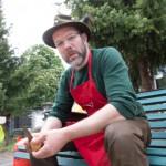 Jörg beim Essen Kochen