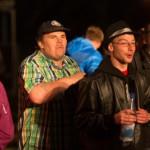 Jugendliche beim Konzert